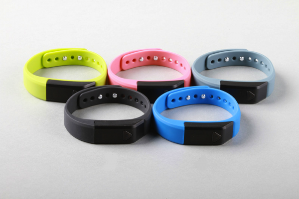 Best Fitness Activity Tracker Bands Under Dollar 100 USD 10